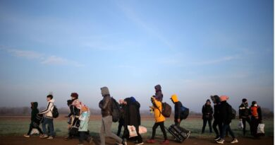 'Between the Earth and the sky': Statelessness in the modern world